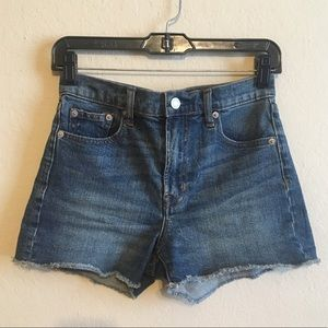 NWOT GAP denim shorts🌟